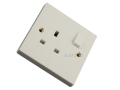 Kingavon 13 Amp 1 Gang Plug Socket with Switch in White PA152